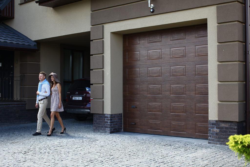 ворота гаражные алютех классик