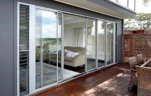 розсуні двері з алюмінію, алюмінієві розсувні двері, розсувні вікна